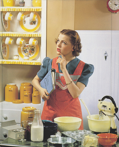 1950ladyinkitchen
